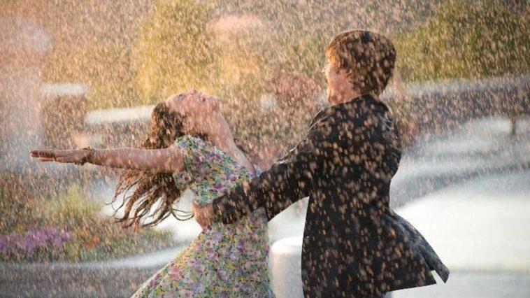 Nếu không có ô hãy cố gắng chạy dù cho mưa to đến đâu