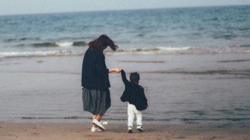 Con tôi được sinh ra từ một tình yêu lừa dối