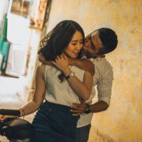 Đàn bà như thế nào mới khiến đàn ông yêu say đắm?