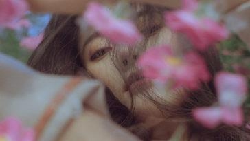 Là con gái đừng sống quá mộng mơ