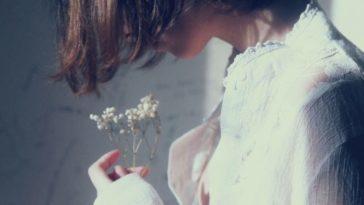 Đừng phí thời gian ngồi buồn khổ và cuối cùng ế chả ai yêu