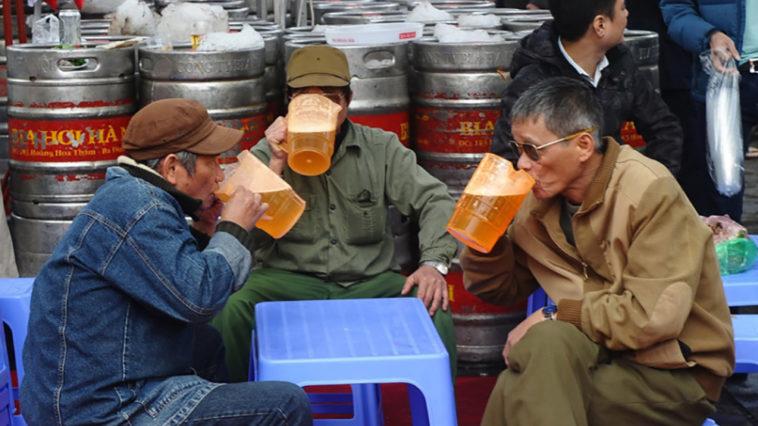 Đàn ông Việt bản lĩnh nhờ rượu bia?