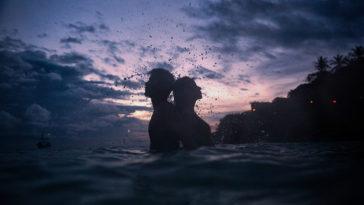 Khi phải bước tới ly hôn thì bạn đã thua trong chính cuộc tình của mình