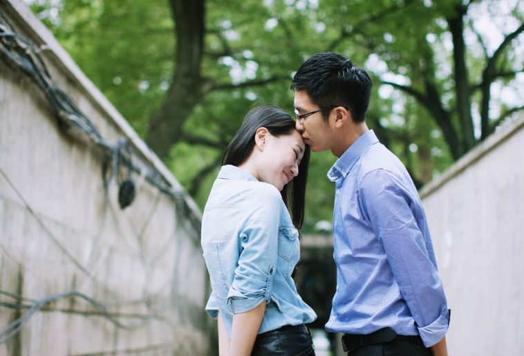 Tình yêu qua lời giới thiệu thì có hạnh phúc không?