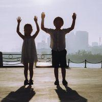 Những câu nói của trẻ con khiến người nghe phải rùng mình